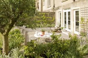 french vintage style garden design in bath